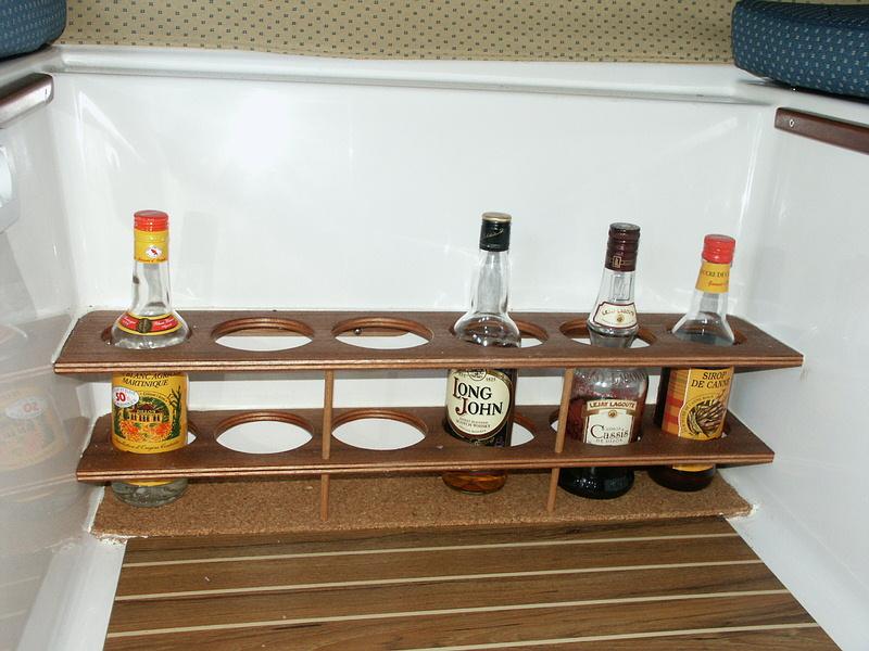 Kanevedenn bricolages - Porte bouteille doseur bar ...